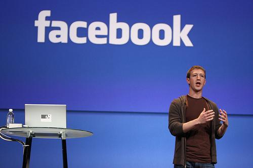 Cha đẻ của Facebook.com - Mark Zuckerberg