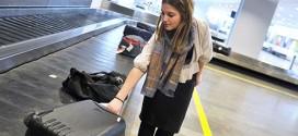 Hành lý bạn gửi lúc check-in được đưa ra trên các dây chuyền