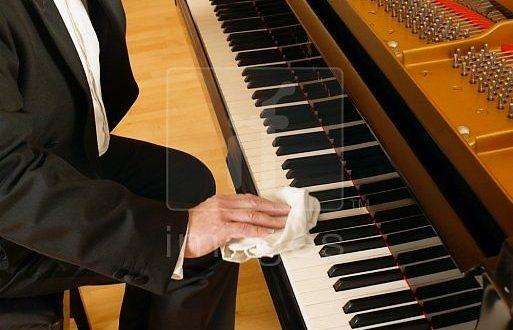 Hướng dẫn cách bảo quản và vệ sinh đàn piano đúng cách
