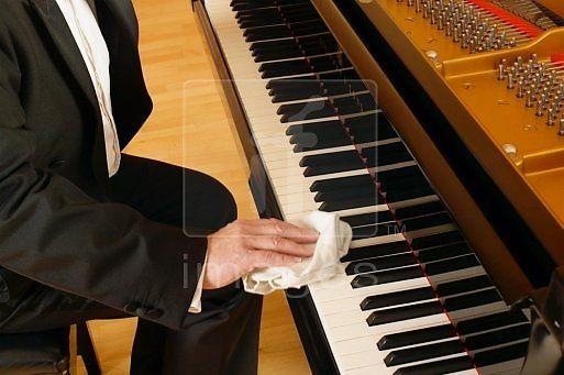 cach-bao-quan-ve-sinh-dan-piano-dung-cach
