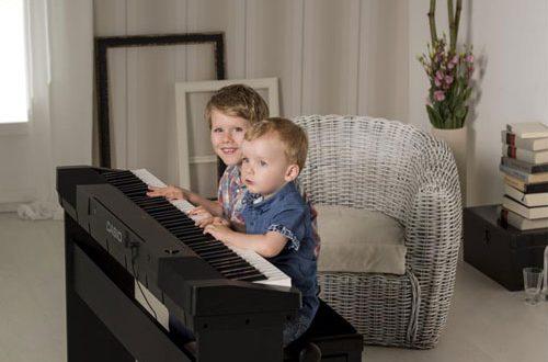 Mua đàn Piano điện cho bé giá rẻ loại nào ?