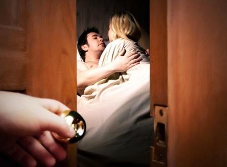 Nên quên đi quá khứ khi phát hiện chồng ngoại tình